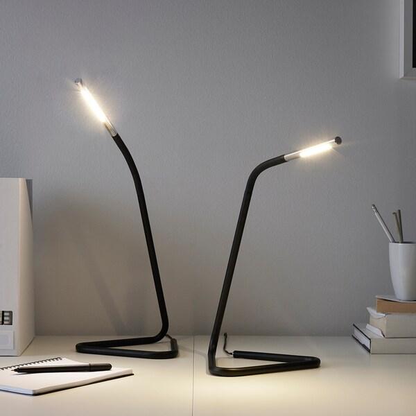 LED technológiou sa vyrábajú aj panely