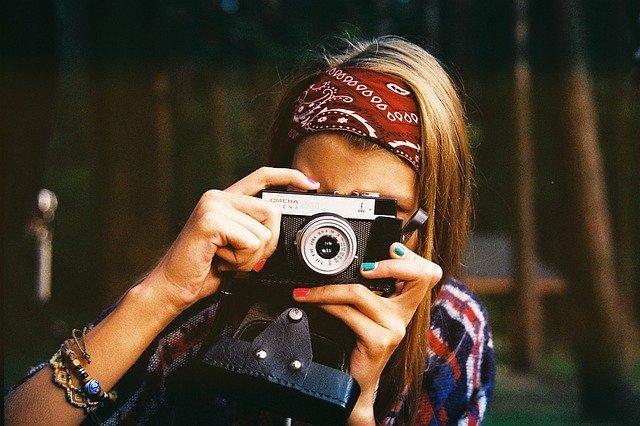 AKO BYŤ KRÁSNA NA  FOTOGRAFII