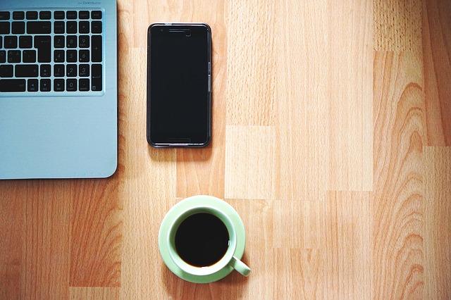 káva a práce