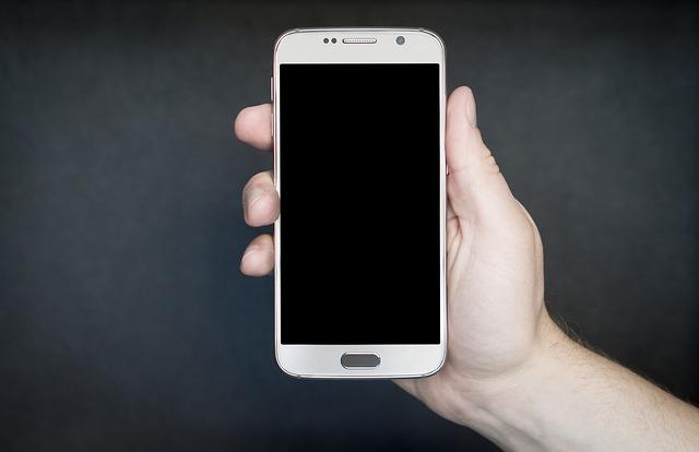 mobilní telefon.jpg