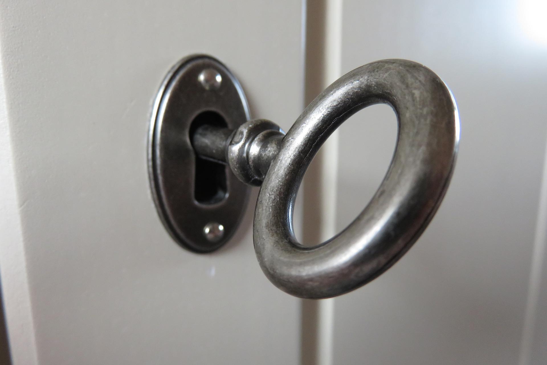 key-4019290_1920